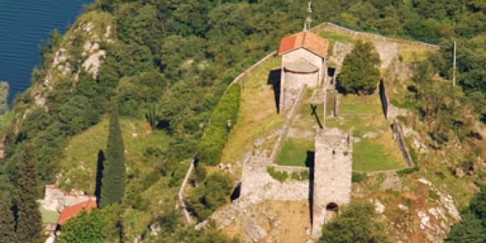 La Rocca dell'Innominato tra paesaggio, storia e letteratura
