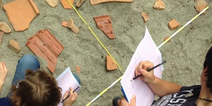 Un archeologo per amico. Con scavo archeologico simulato.